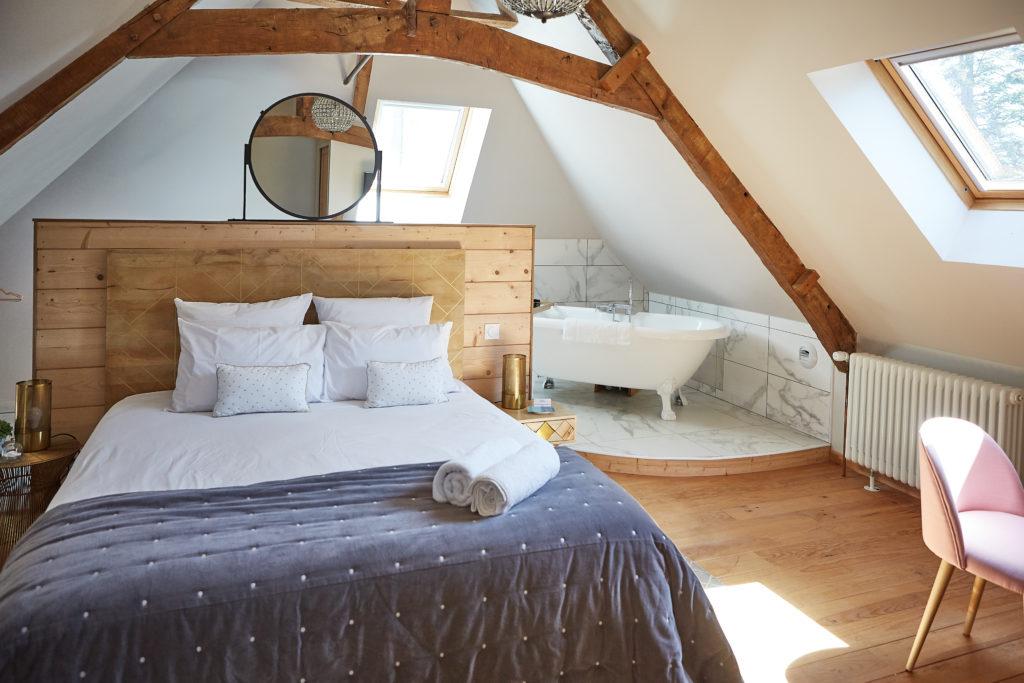 THE HONORINE BEDROOM
